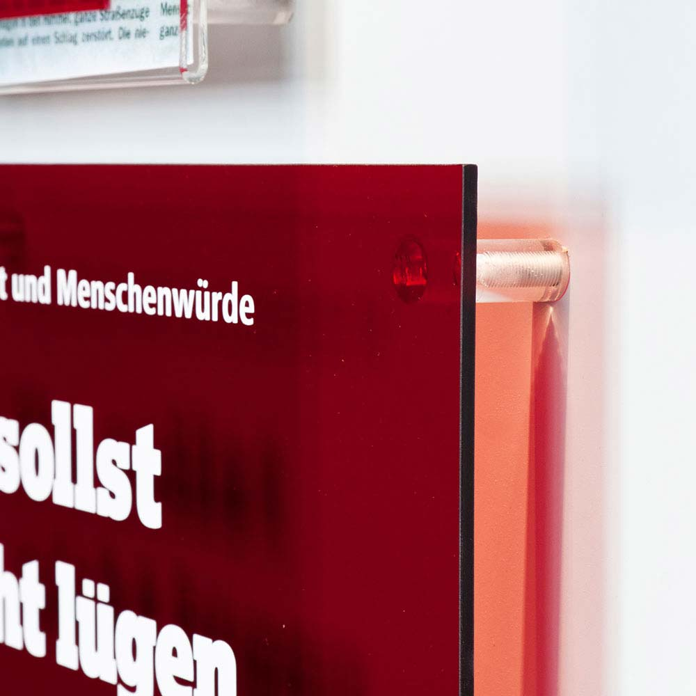 https://www.hennicken.de/wp-content/uploads/2019/03/ausstellungs-messegrafik-internationales-zeitungsmuseum-02.jpg
